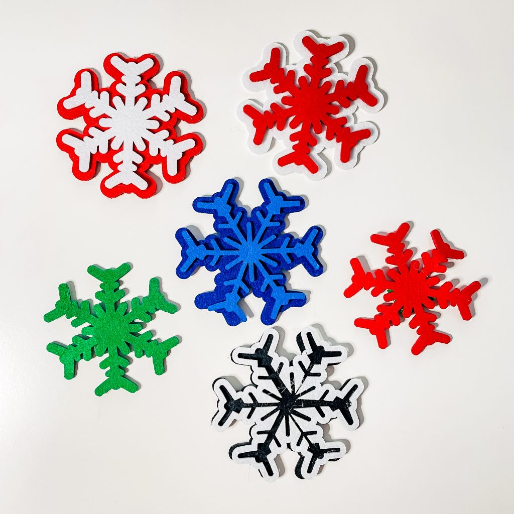 Christmas in French - snowflakes flocons
